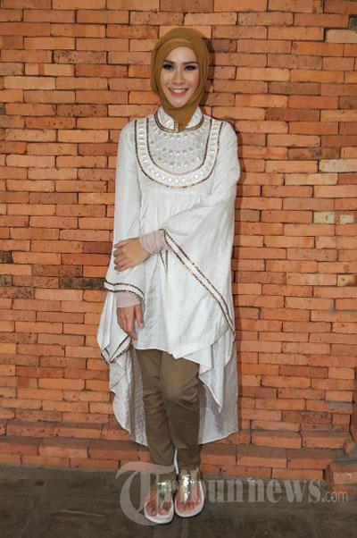 Jilbab Cantik Ala Zaskia Adya Mecca | newhairstylesformen2014.com