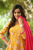 diksha panth latest glam pics-thumbnail-10