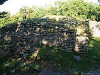 La torre del Casol de Puig-castellet pel cantó de llevant