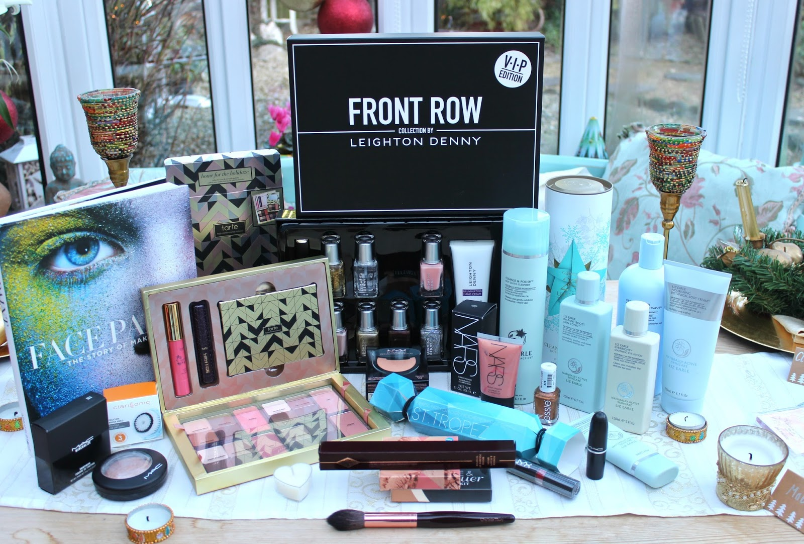 BEAUTY & LE CHIC: Inside my Christmas Gifts 2015