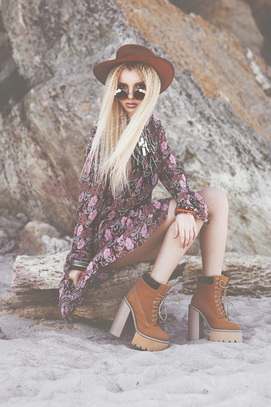 fashion bloggers, best fashion bloggers, boho style, coachella clothes style