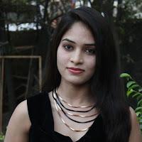 Tamil heroine sanyathara latest photos