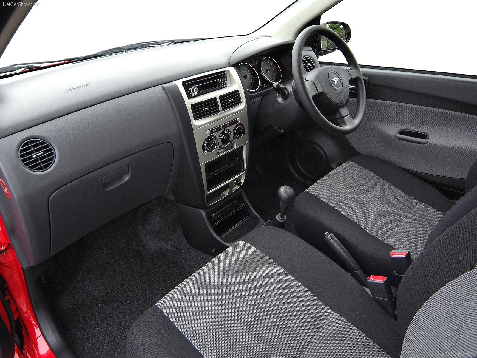 Hình ảnh xe ô tô Daihatsu Charade 2006 & nội ngoại thất