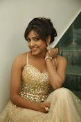 glamorous Vithika sheru new sizzling pics-thumbnail-7