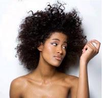 La nutrición adecuada del cabello mejora la salud y aspecto de este