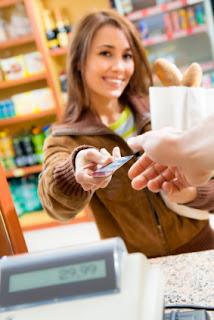 manfaat kartu kredit buat konsumen
