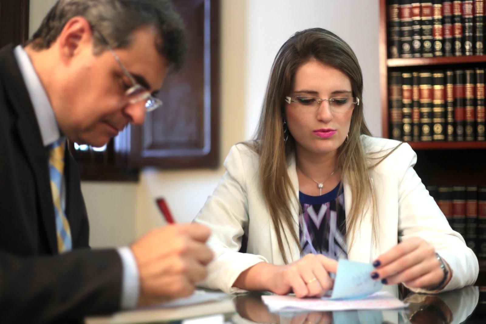 advogados entram com ação contra NET e ganham danos morais