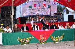 Álvaro Zepahua Reyes rinde 1er. informe de gobierno Mpal.