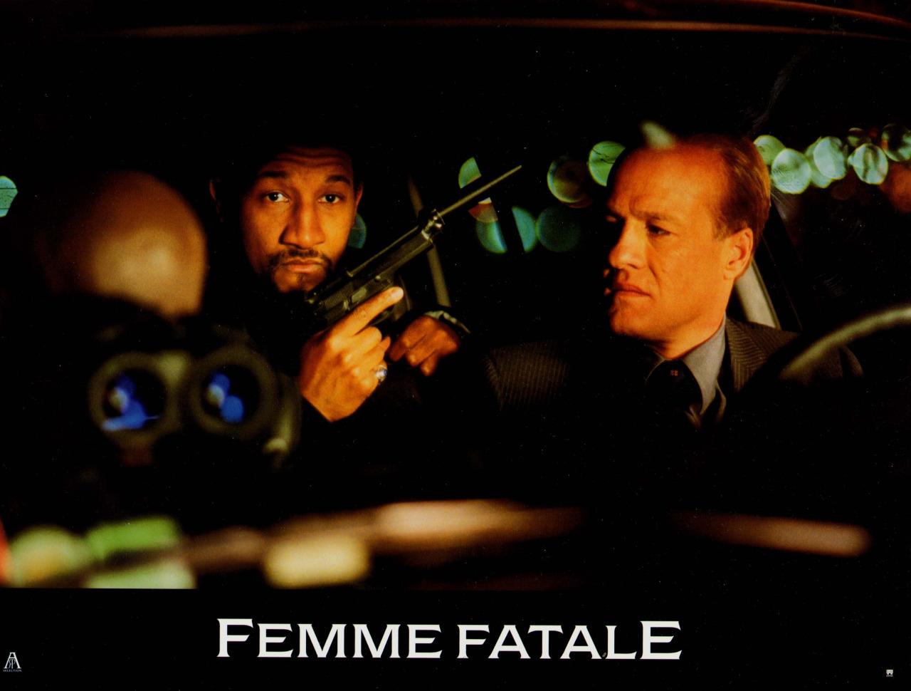 Dating femme fatale