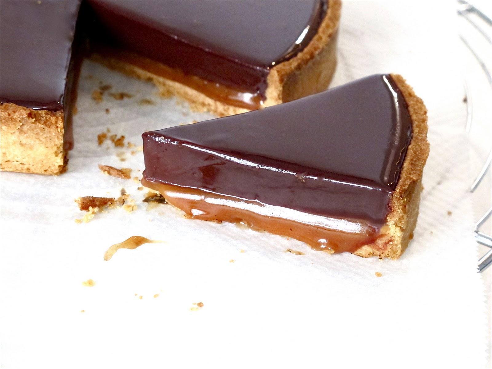 du fameux caramel à la fleur de sel la tarte au chocolat caramel ...