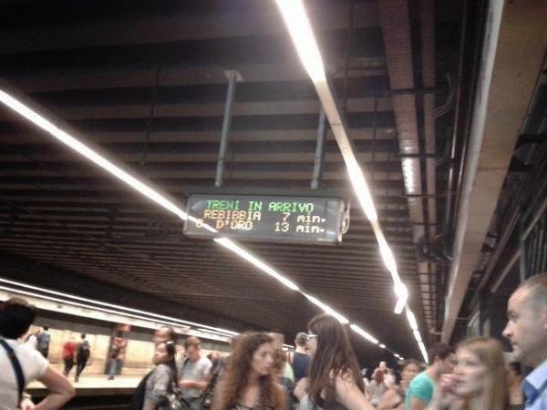 Tempi di attesa sulla Metro B a Roma