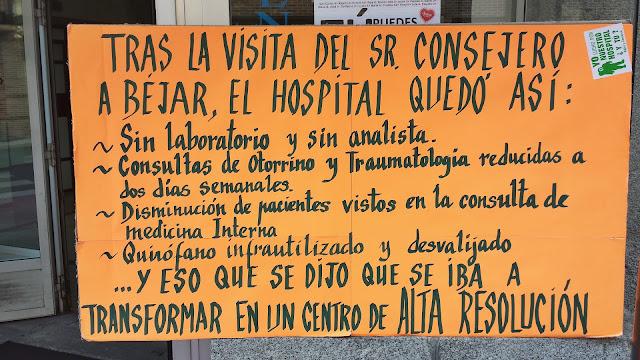 cartel exhibido durante las protestas a las puertas del Virgen del Castañar