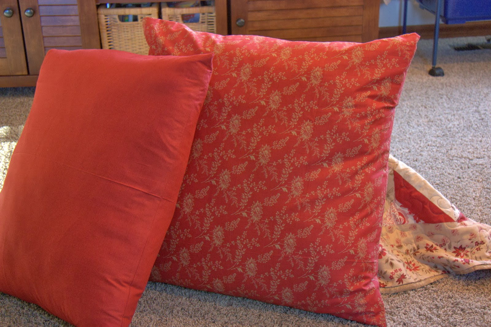 Super simple floor pillows home is where my story begins for Extra large floor pillows ikea