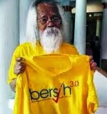 "IN ISLAMIST PLIGHT! MUST'VE ""BERSIH""; PURE N CLEAR HEART! NO ""BERHALA"" WITH-IN ; SHIRIK : EGO !!"