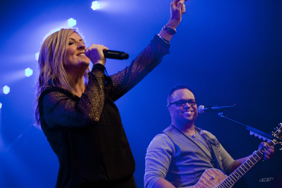 Darlene Zschech - Revealing Jesus 2013 live performance on stage