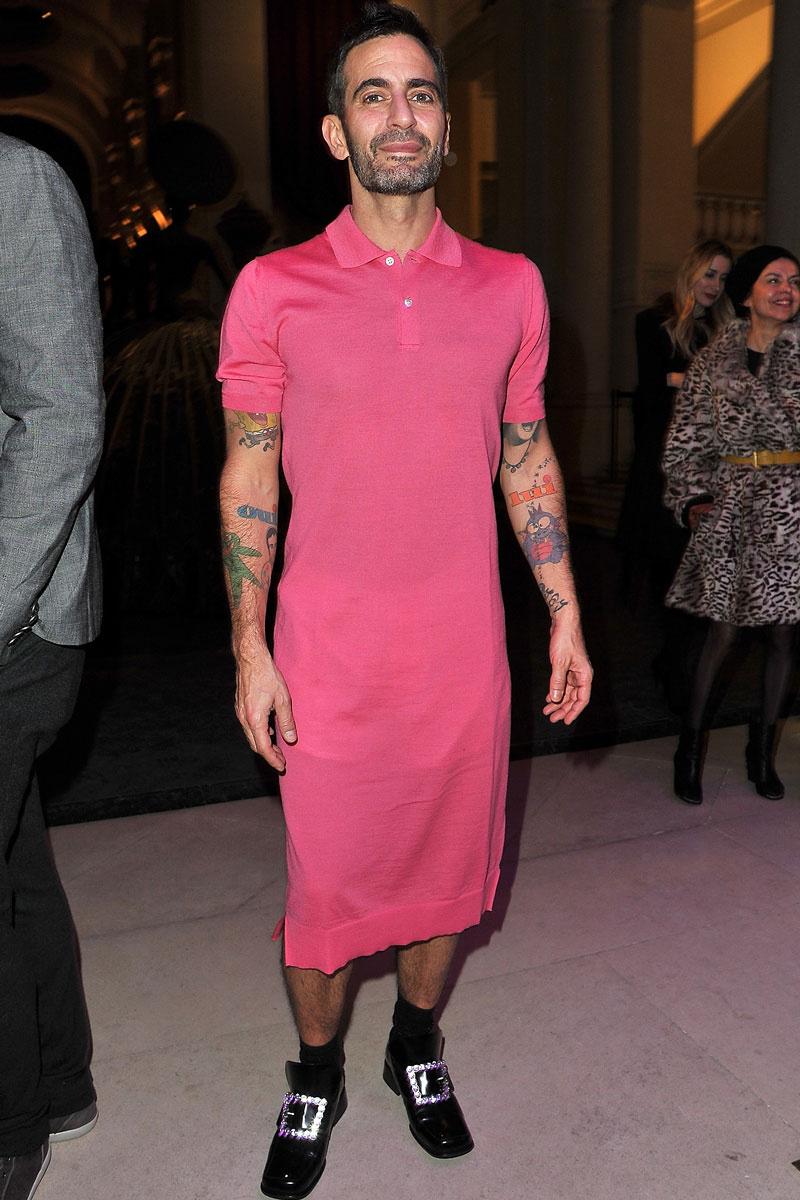 El blog más chic*: ¡Marc Jacobs se atreve con un vestido!