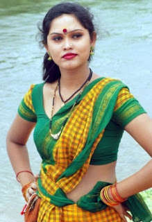 Latest Adorable Thigh Show TAMIL HOT ACTRESSES PHOTO Unseen