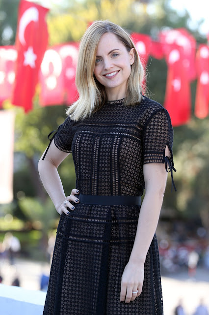 Actress, Model, @ Mena Suvari - arrives at the 52nd International Antalya Film Festival in Antalya