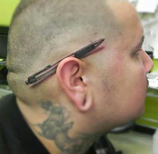 http://www.banavideos.com/uncategorized/19-tatuajes-en-3d-que-haran-volar-tu-imaginacion-como-es-posible-el-14/
