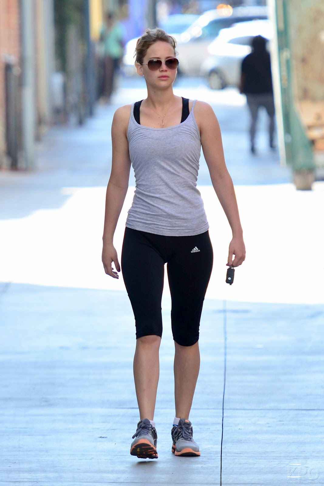 http://2.bp.blogspot.com/-kEY3OPAyFvA/UEdaosNoGCI/AAAAAAAAIZA/bEK8Si7gRUk/s1600/jennifer_lawrence_heading_to_the_gym_in_santa_monica_august_13_2012__z2cBXWb.jpg