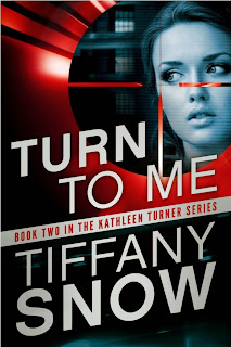 http://bookadictas.blogspot.com/2015/04/turn-to-me-2-serie-kathleen-turner.html