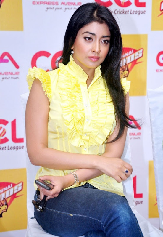 Shriya Saran New Stills  CCL Promotional Events Photo Gallery hot photos