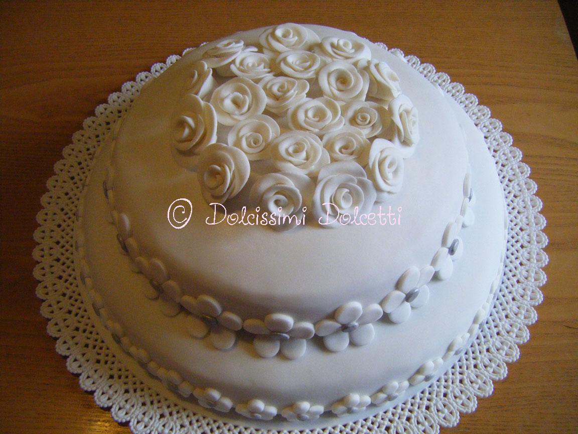 Dolcissimi dolcetti torta a 2 piani per un anniversario for Piani domestici a forma di t