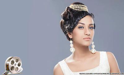 Model Nafisa Kamal Jhumur