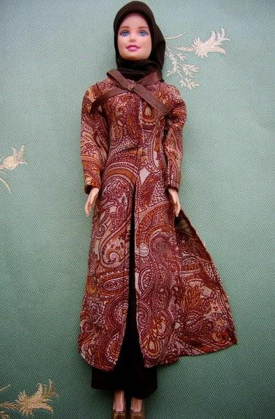 Gambar boneka barbie muslim untuk anak arrosa