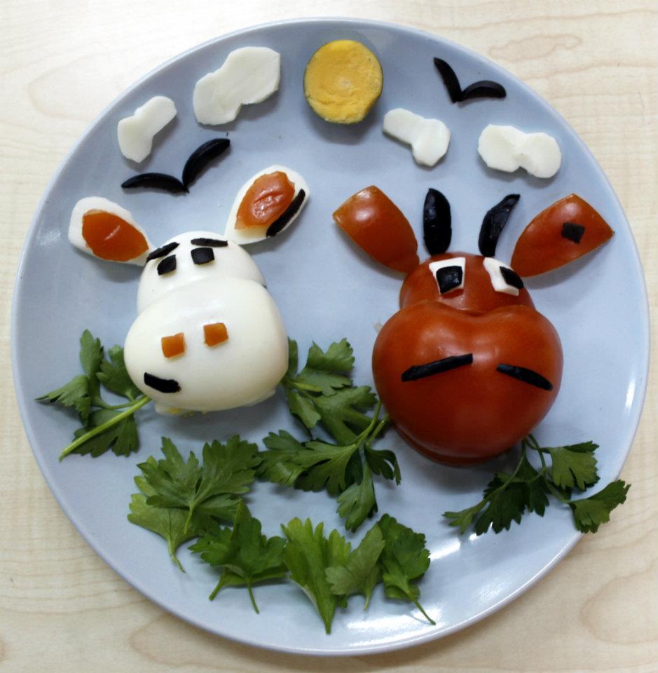Için internetten bulduğum çocuklar için kahvaltı tabakları
