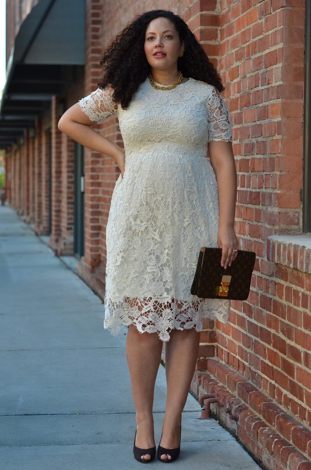 4 outfits perfectos para mujeres curvys embarazadas