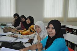 Rakan-rakan seperjuangan di Uitm Pahang