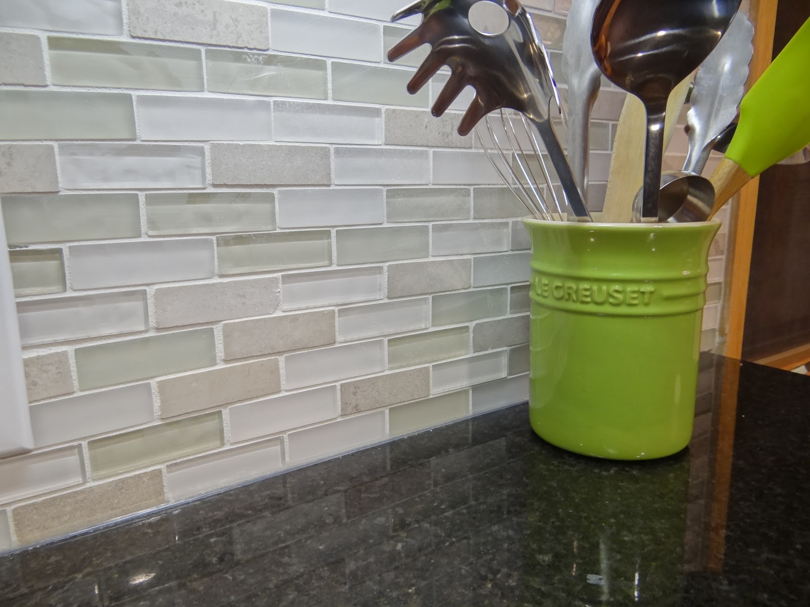 e Project at a Time DIY Blog How to Caulk Kitchen Backsplash