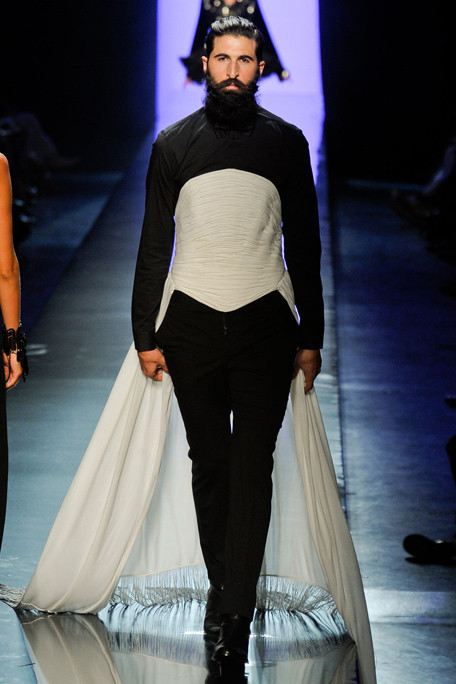 Runway report paris haute couture fashion week jean for Haute couture male