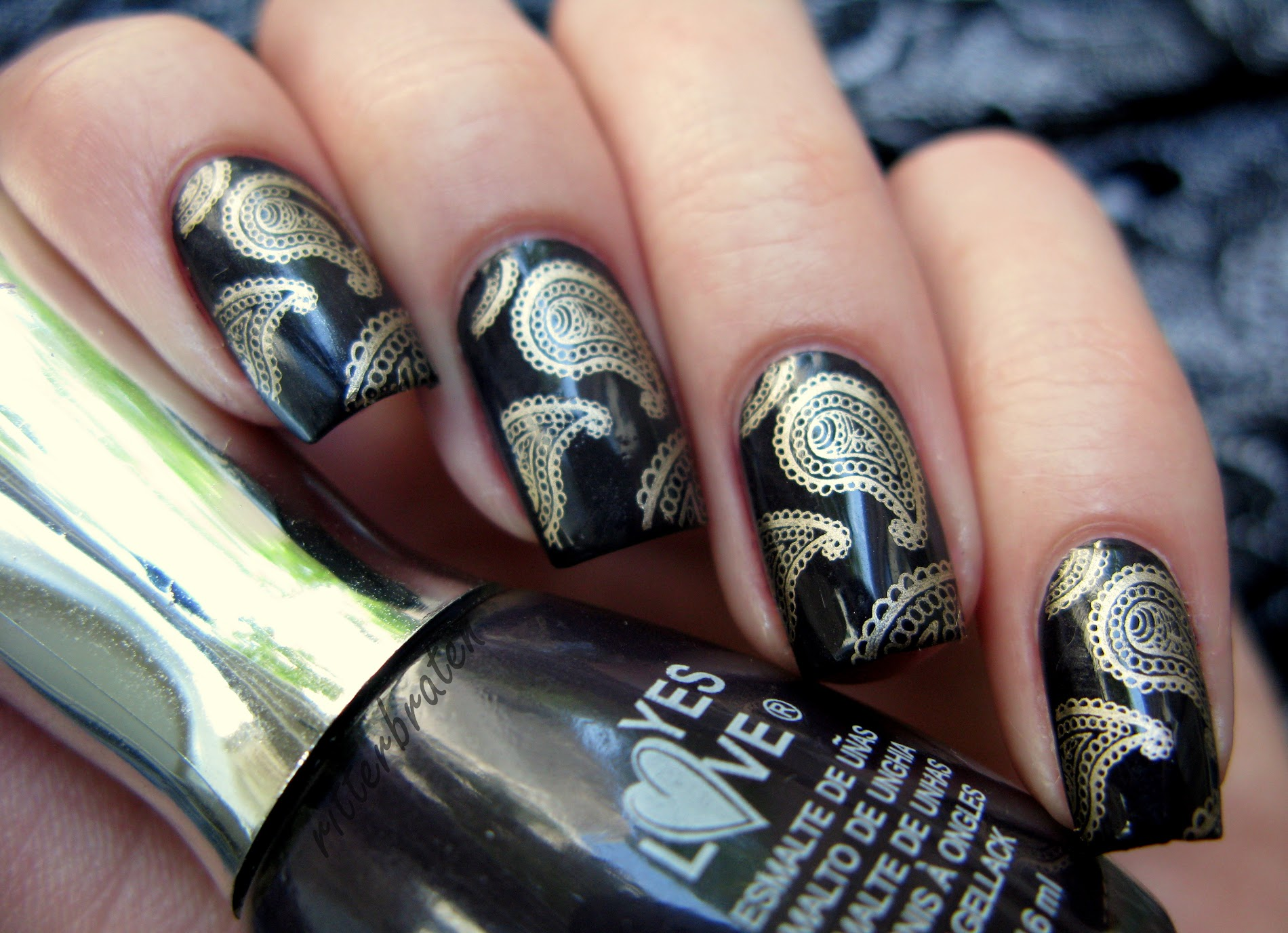 BM-315 paisley pattern nails cucumber