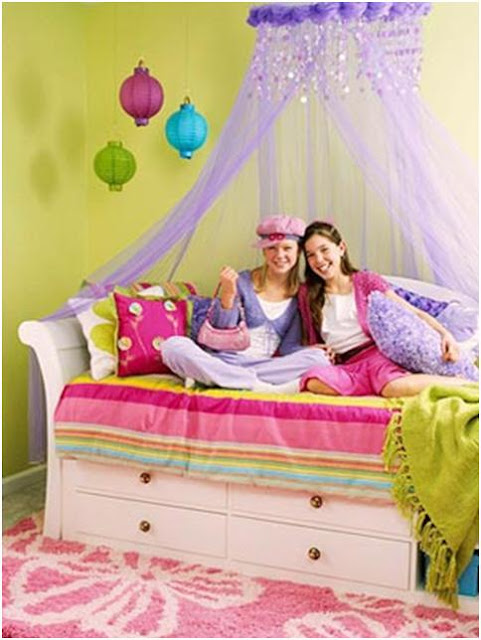 TEENAGE GIRL BEDROOMS - HOW TO DECORATE A JUVENILE BEDROOM - DORMITORIES BY PERSONALITIES