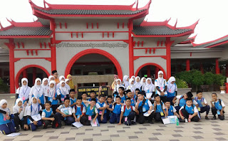 Hadapan Masjid Cina, Melaka