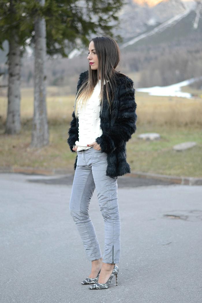 pantaloni velluto grigio