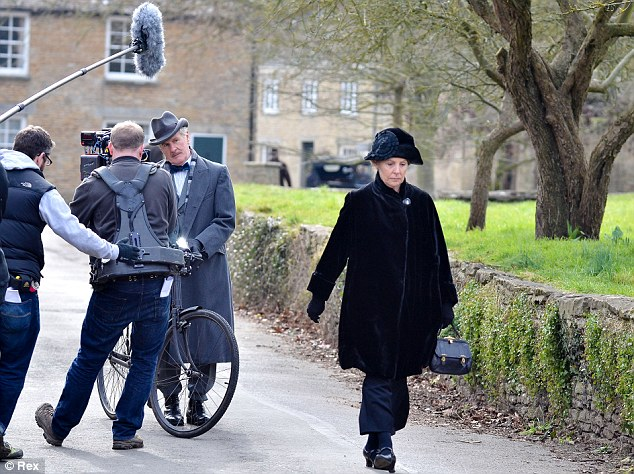 Downton Abbey - Season 4 - Set Photos - 1st March 2013