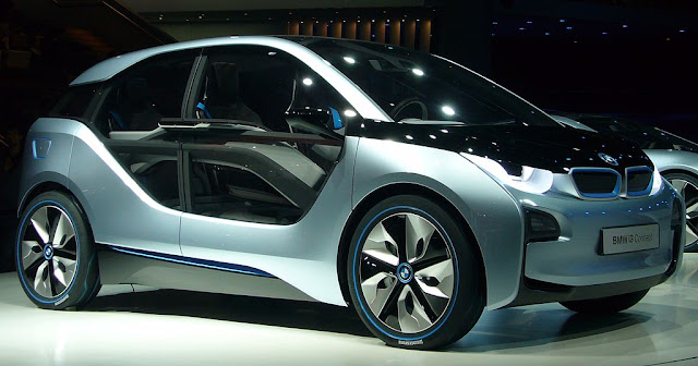 Side image of new BMW I3