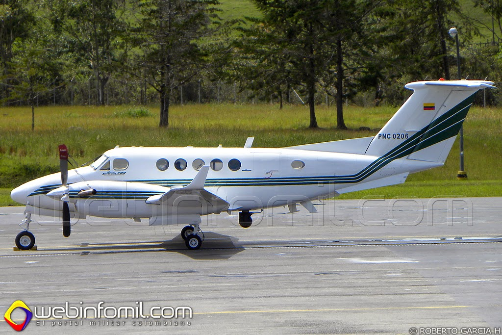 PNC-0206 Policia Colombia Aviación Beech B200