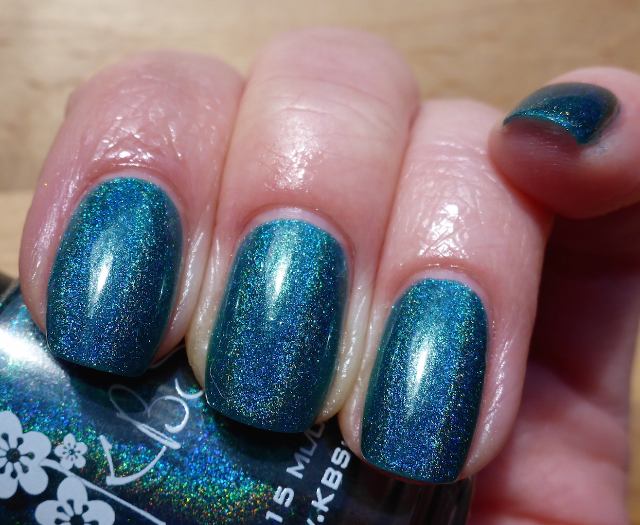 http://marzipany.blogspot.de/2015/04/lacke-in-farbe-und-bunt-kbshimmer-up.html