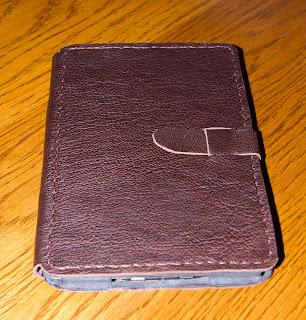 Чехол-книжка ручной работы для Kindle Touch