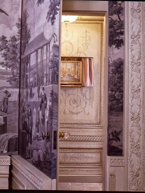 jib doors ideas with grisaille wallpaper via belle vivir blog & Jib doors: The Elegant Mystery of Hidden Doors |
