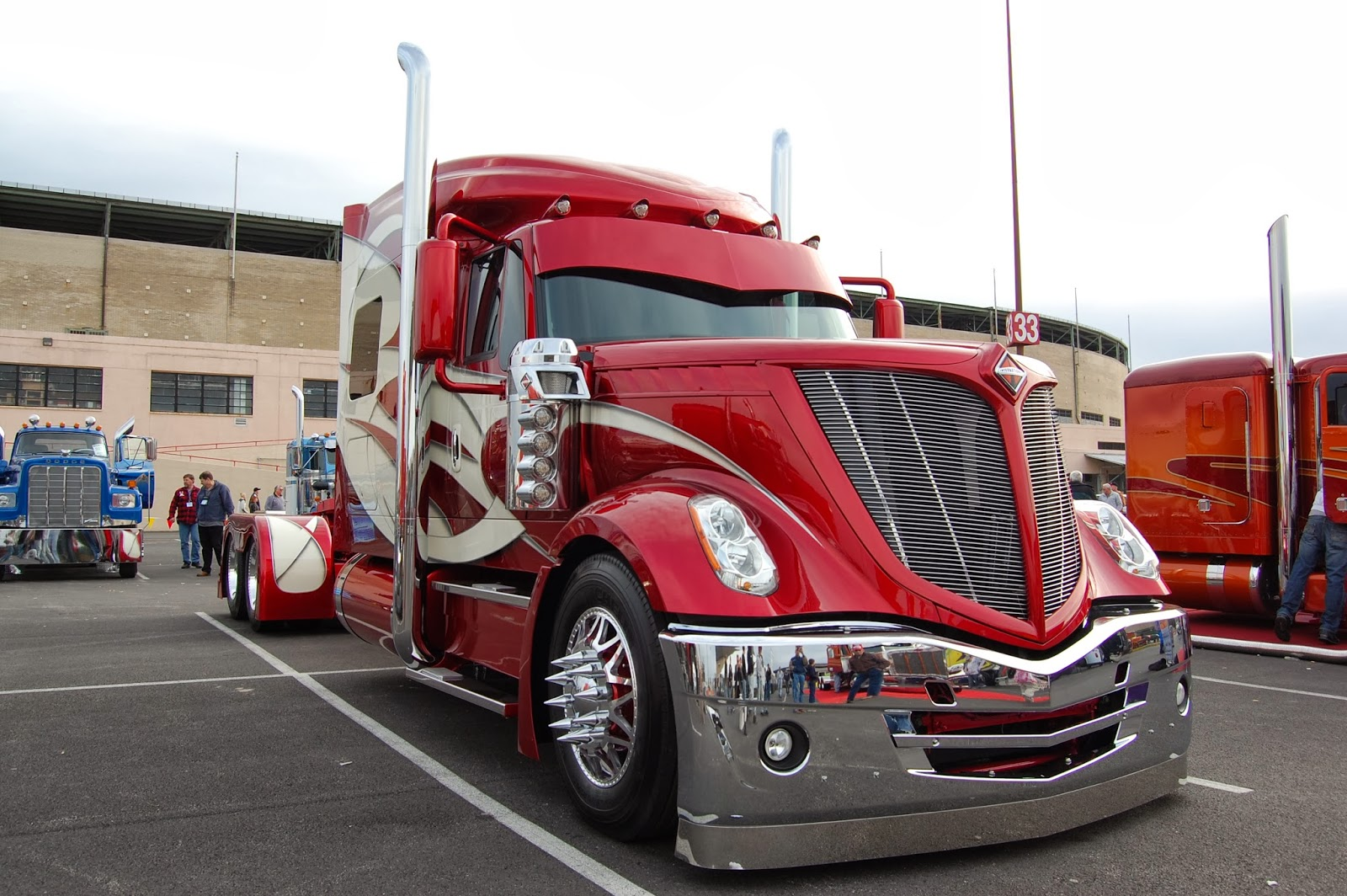 Benz Red Color >> Informative BLOG: Future trucks