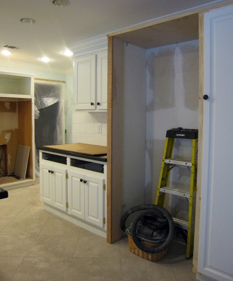 Kitchen Renovation Size Requirements: Interiors Unleashed: Specific Requirements: Kitchen Remodel