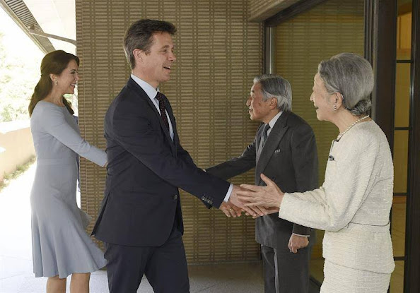 Crown Prince Frederik and Crown Princess Mary are welcomed by Japan's Emperor Akihito and Empress Michiko