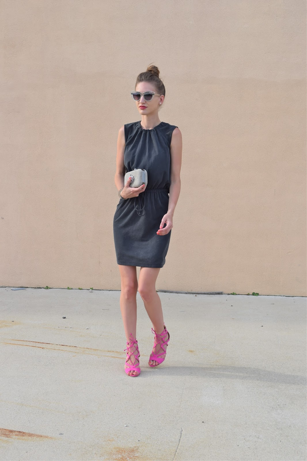 Wearing Loft gathered sleeveless dress, pink suede caged heels, silver metal cutout sunglasses, topshop