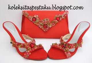 Set Merah Tas Pesta dan Sepatu Nuansa Payet Hijau