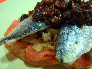 sardina tomates secos berenjena tomate
